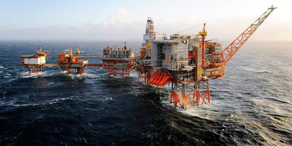 Нефтеная платформа